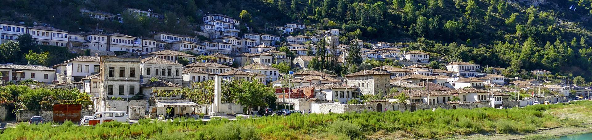 Berat, vue panoramique, voyages et vacances en Albanie