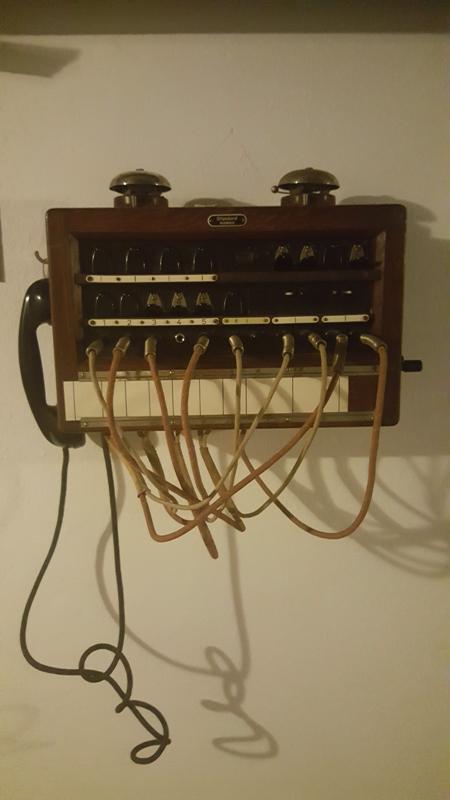 Outil d'interception téléphonique dans l'hôtel