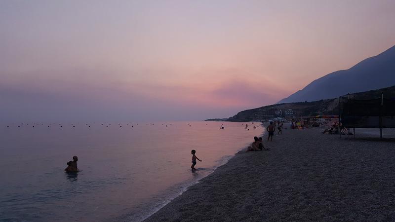 Plage de Drymades Albanie, vacances en albanie avec la famille et les enfants