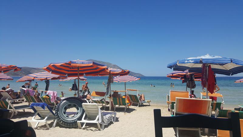 Plage de Orikum en Albanie, vacances en Albanie avec la famille